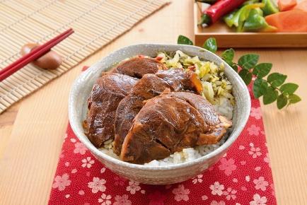 牛肉飯 / 牛肉煮込みご飯